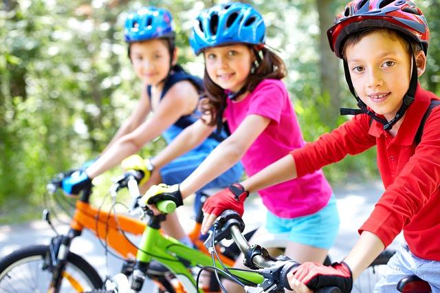 Artykuły sportowe dla najmniejszych i większych dzieci
